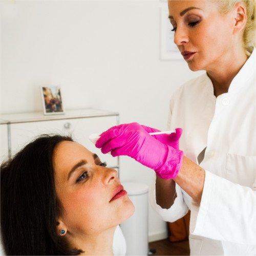 BOTOX Behandlung bei LIPS and SKIN
